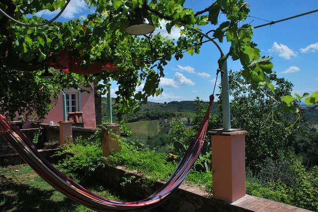 Vakantiehuis Toscane Lucca zwembad - kersenhuis - tuin